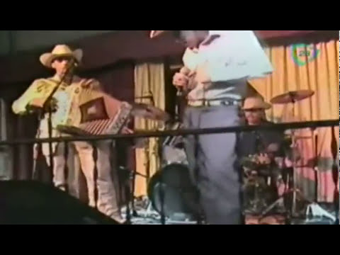 Los inicios de la carrera artística de Gerardo Ortiz / The beginning of the career of Gerardo Ortiz