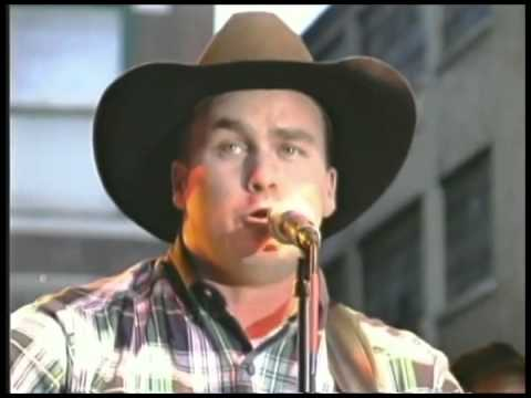 Rodney Carrington - Fred