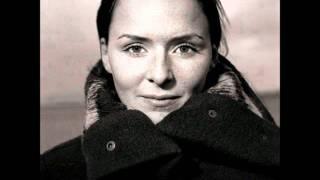 Watch Emiliana Torrini Easy video