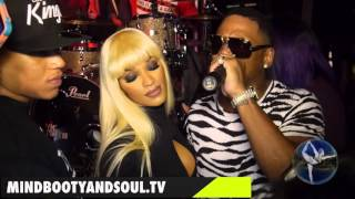Stevie J sings love song to Joseline