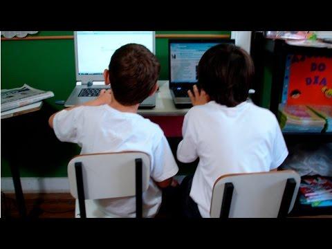 Clique e veja o vídeo Mídias na Educação - Blogs