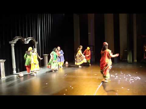 holiya Mein Ude Re Gulal - Rajasthani Dance video