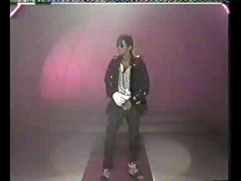 Singapore Michael Jackson performs on TCS channel 5 show Rollin Good Times