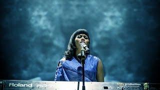 Yura Yunita Berawal Dari Tatap Cinta Dan Rahasia Live Bandung Music Festival 2015