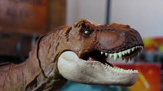 Mattel Jurassic World Fallen Kingdom Thrash N Throw Tyrannosaurus Rex Review!