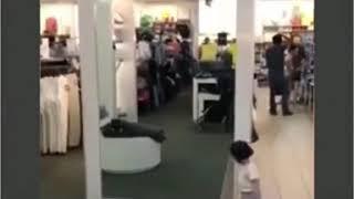 hài hước cậu bé lần đầu nhìn thấy kính