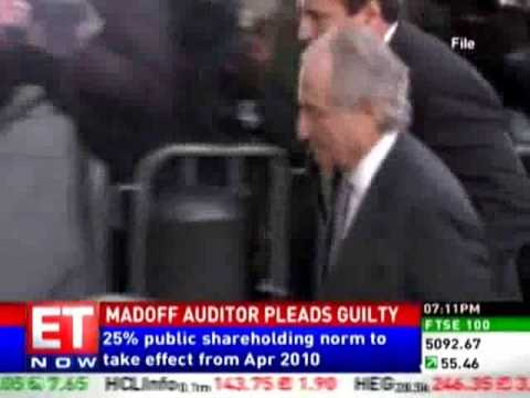Madoff auditor pleads guilty and apologizes