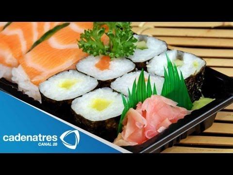 Receta para preparar sushi tradicional. Receta comida oriental / Receta de sushi
