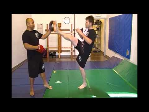 Jeet Kune Do - Kickboxing Combo # 3 w/ Spin Kicks Image 1
