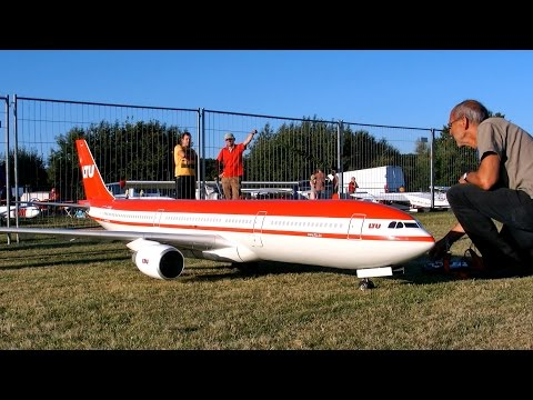 AIRBUS A330-300 LTU GIGANTIC RC AIRLINER MODEL JET DEMO FLIGHT / RC Airliner Meeting Airshow 2015