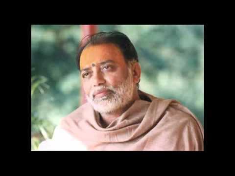 Hanuman Chalisa   Pujya Morari Bapu video