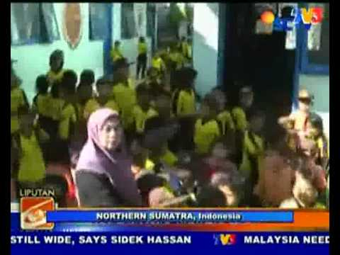 undersea Earthquakes struck Philippines & Indonesia (Nightline 25/7/10)