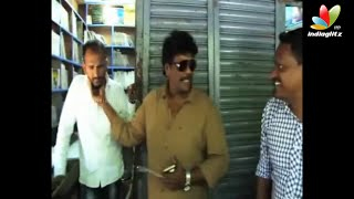 Director R.Parthiban Raids Shops to Find Pirated CD