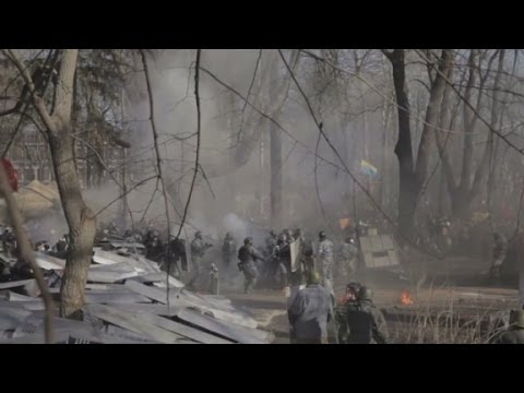 'They are killing us': Scenes from the violence in Ukraine