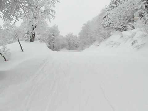 2008年12月7日(日) 山形蔵王温泉スキー場 連絡コース滑走風景