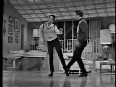 Steam Heat - Liza Minnelli and Tracy Everitt