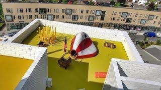 LEGO Balloon CRASHED on Roof