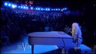 Клип Lady Gaga - You And I (live)
