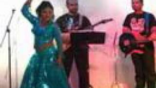 නදී ඇමරිකා ගිහින් නටපු නැටිල්ල !!! Nadhee Chandrasekera Dance n Boston