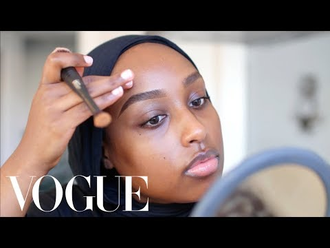 Aysha Abdul's Everyday Travel Makeup for Flawless Skin + Brows   Beauty Secrets   Vogue - YouTube