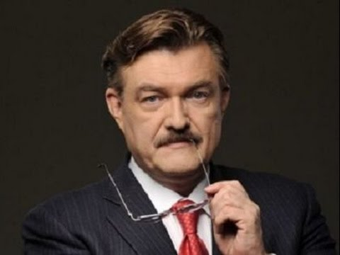 😎  Безвиз в Украину. Крымчане бросились менять паспорта.😀 Евгений Киселёв