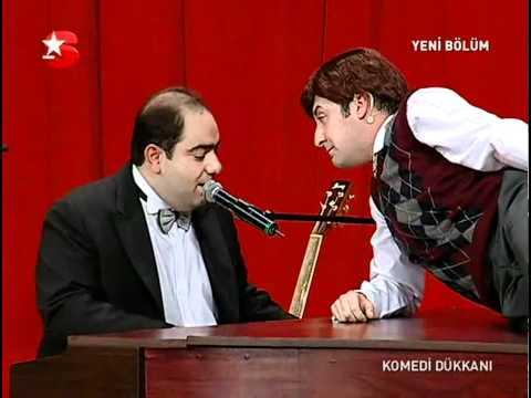Tolga Cevik - Komedi Dükkanı - Ve O Hüzünlü Şarkıyı Söyler