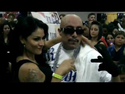 Mr. Capone-E On The Blue Album Tour In Denver CO *NEW 2010 VIDEO...