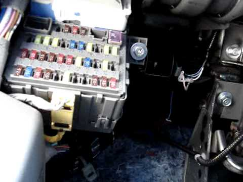 Honda Civic 2007 LX - Left-side dash / fuse box / AC ...