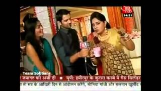 Barun Sobti and Sanaya Irani off screen masti..TS gift on 2nd Anniversary
