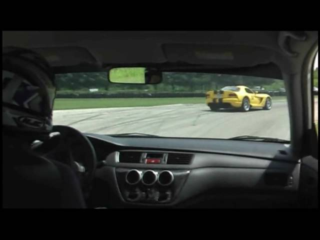 Viper VS Evo Track Battle - Boosted Films