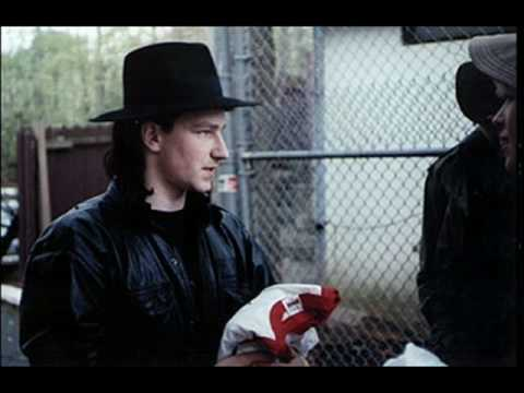 "U2 - War ""Sunday Bloody Sunday"" (1983)"
