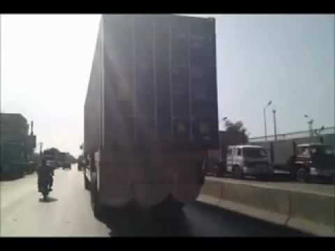 Killers on The Road:  Karachi Container Accident