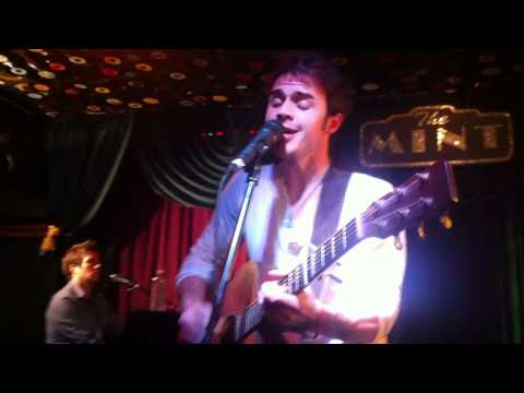 Kris Allen - Leave You Alone (The Mint) Music Videos
