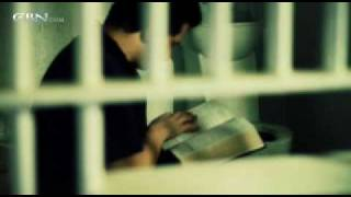 MIRACLE: When this prisoner cries out to God He receives a package from heaven!!!!