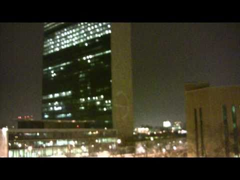 Guerrilla Projection on UN to call for end of Massacre in Egypt and Removal of Mubarak.