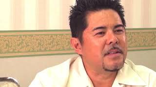 Uchina column –  ALBERTO SHIROMA