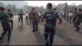 Philippine Army Dance and it's too Sexy