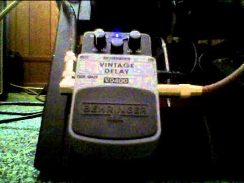 Behringer VD400 analog delay