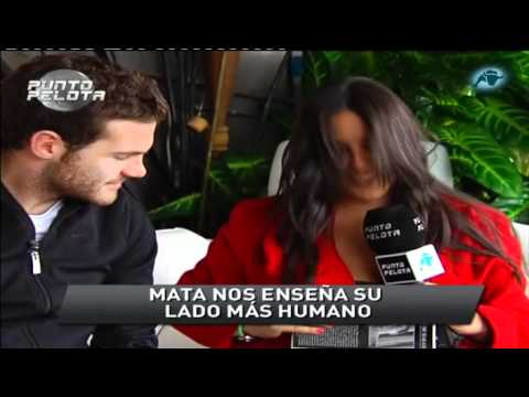 Juan Mata enseñando su casa y sus trofeos (VCF).(Punto Pelota 17-03-11)