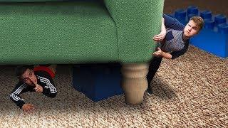 Hide And Seek In A GIANT HOUSE!   Fortnite