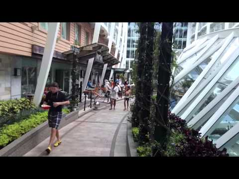 Strolling Central Park - Allure of the Seas - Royal Caribbean