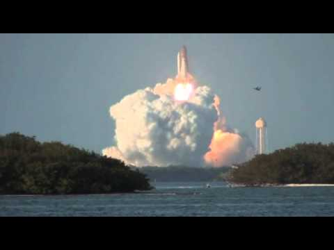 STS-133 Last Launch of Discovery from Causeway
