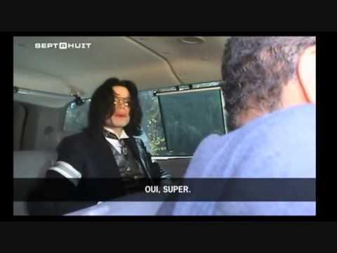 Michael Jackson para carro para atender fã na estrada - 2005