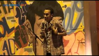 Stand Up Comedy: Abdur @ UNS Solo (Part 1)