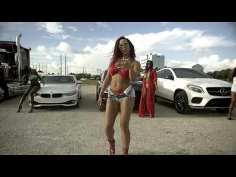 Pilly Mae Uber Everywhere (Remix) retronew