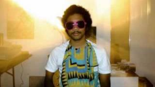 Toro Y Moi - Leave Everywhere