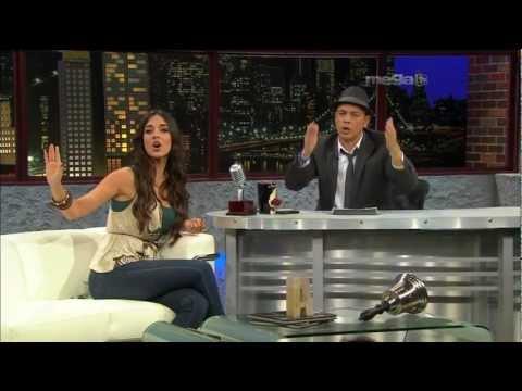 Super Sexy Amelia Vega Entrevista y Canta