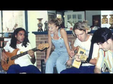 Gwen Stefani - World Go Round