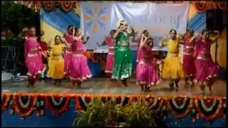 Ramai Trace Hindu School....perform at 2016 Diwali celebration at Gopie Tr. Penal on 22/10/16