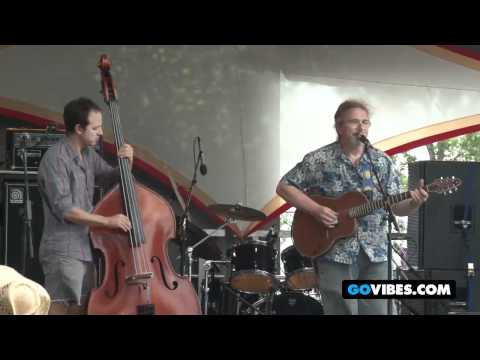 "David Gans Performs ""Lazy River Road"" at Gathering of the Vibes 2011"